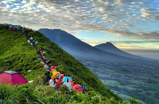 Estimasi Biaya Mendaki Gunung Andong