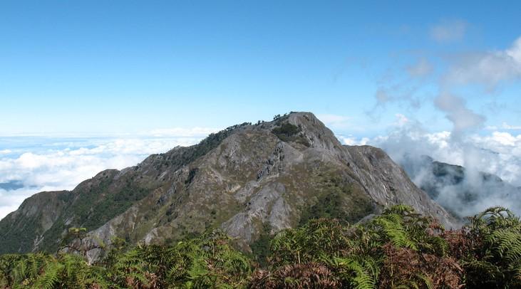 Estimasi Biaya Mendaki Gunung Binaiya