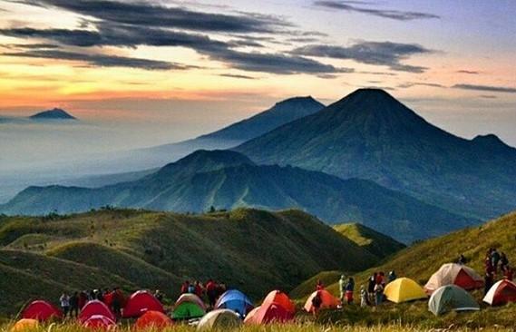 Estimasi Biaya Mendaki Gunung Prau