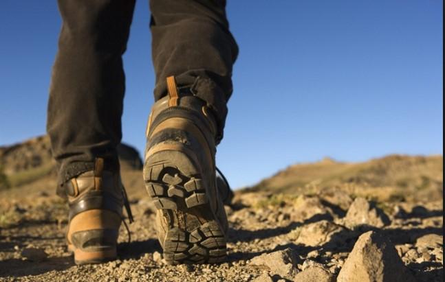 Manfaat dan Fungsi Sepatu Gunung