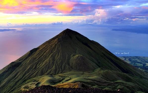 Estimasi Biaya Mendaki Gunung Sangiang Bima NTB