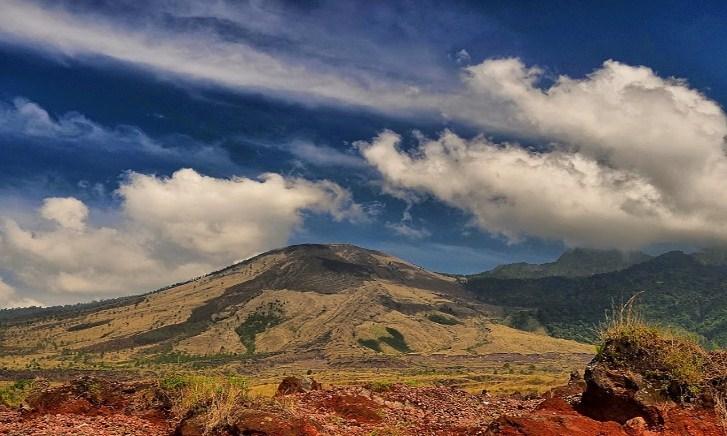 Estimasi Biaya Mendaki Gunung Guntur Jawa Barat