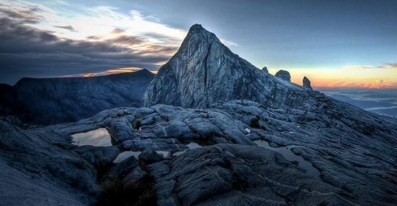 Tips dan Biaya Mendaki Gunung Kinabalu Malaysia