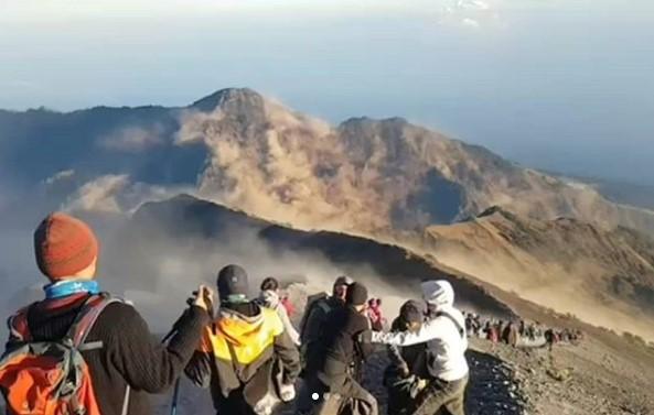 Korban Gempa Lombok di Gunung Rinjani