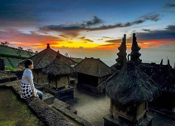 Sunset Di Candi Cetho Gunung