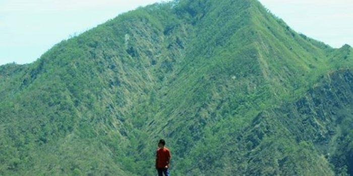 Gunung Keknemo
