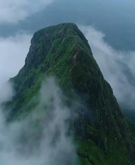 Alasan Mengapa Kamu Harus Tetap Mendaki Gunung