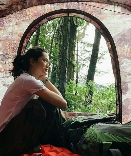 Perlengkapan Camping Wanita