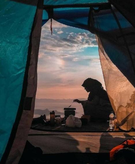 Tips membeli perlengkapan camping